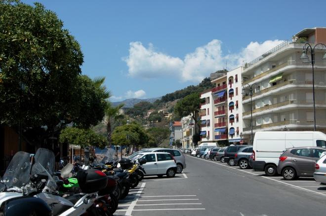 Lo stato attuale - in uno scorcio - di Marina S. Giuseppe di Ventimiglia (IM), zona in cui abitavano Pedretti e Corradi