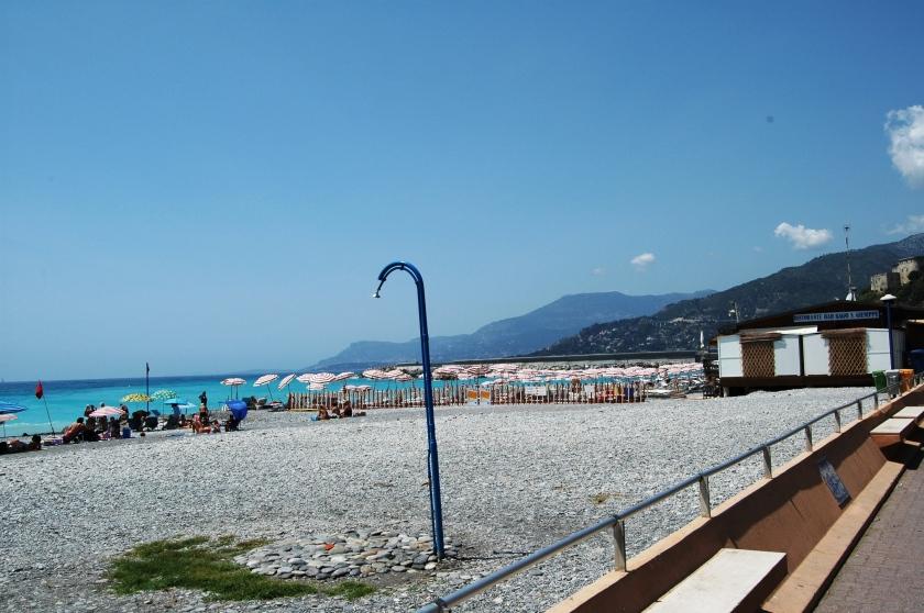 La spiaggia di Marina S. Giuseppe da cui Pedretti e Corradi partirono per portare in Francia i militari alleati